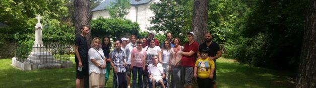 Izlet korisnika Dnevnog centra u Nikšić dana 08.juna 2018. Posjeta manastiru Svetog asostola Luke u Župi Nikšićkoj.