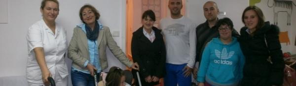 02. 12. 2014. Mladi SNP-a u posjeti djeci i omladini Dnevnog Centra Herceg Novi. Gosti su djeci uručili poklon paketiće.