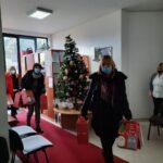 U susret novogodišnjim praznicima, djecu je posjetila potpredsjednica opštine Vesna Samardžić sa svojim saradnicima i uručila im prigodne poklone.